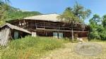 A vendre grande ferme à rénover à MontriondSur un grand terrain plat, avec une vue panoramique