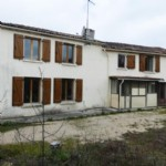 Notre ref- AI4473 Ref - AI4473 Grande maison à rénover, avec garage et jardin  Spacieuse maison